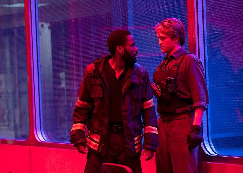 John David Washington y Robert Pattinson en Tenet (2020). Imagen: IMDb.com