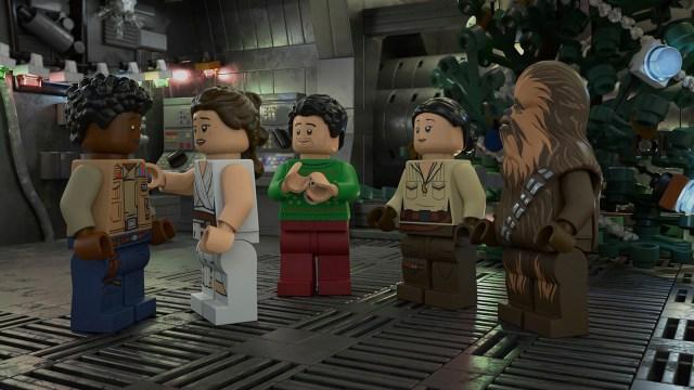 """The LEGO Star Wars Holiday Special (2020) nos demuestra que """"hace mucho tiempo, en galaxia muy, muy lejana"""" había suéteres feos. Imagen: StarWars.com"""