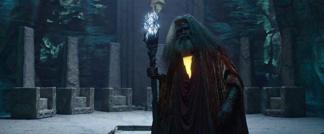 El hechicero Shazam (Djimon Honsou) en Shazam! (2019). Imagen: IMDb.com