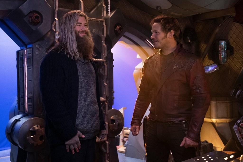 Thor (Chris Hemsworth) y Peter Quill/Star-Lord (Chris Pratt) en el set de Avengers: Endgame (2019). Imagen: IMDb.com