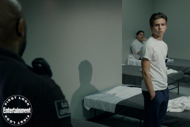Robby Keene (Tanner Buchanan) en el epsodio 303 de Cobra Kai. Imagen: Netflix/Entertainment Weekly