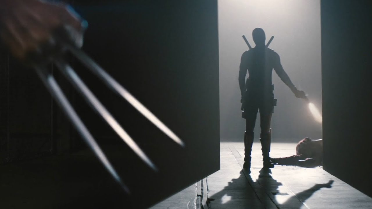 Deadpool (Ryan Reynolds) disparándole a Weapon XI en Deadpool 2 (2018). Imagen: YouTube.com
