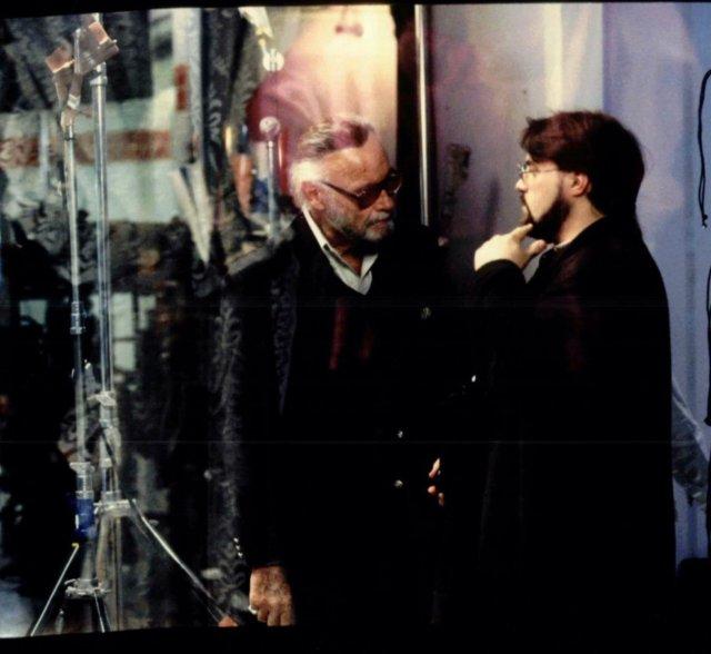 Stan Lee (1922-2018) y el director Kevin Smith en el set de Mallrats (1995). Imagen: Kevin Smith Twitter (@ThatKevinSmith).