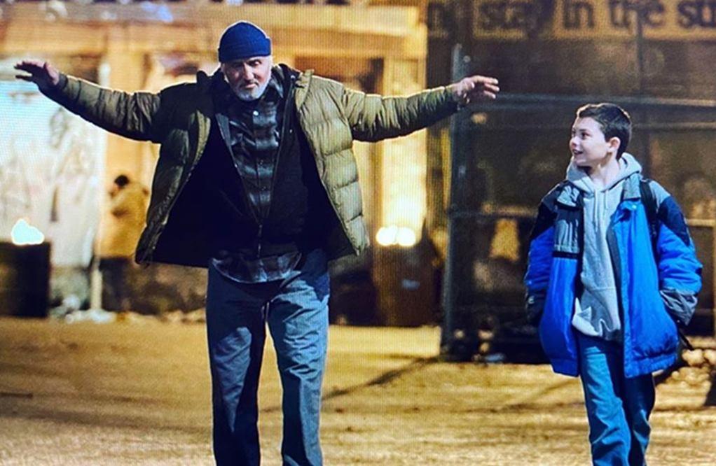 """Sylvester Stallone y su co-estrella Javon """"Wanna"""" Walton en Samaritan (2021). Imagen: IMDb.com"""