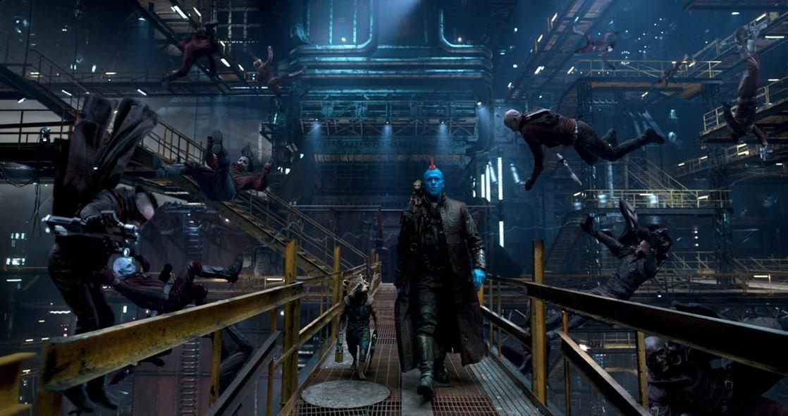 Rocket Raccoon (voz de Bradley Cooper), Baby Groot (voz de Vin Diesel) y Yondu Udonta (Michael Rooker) en Guardians of the Galaxy Vol. 2 (2017). Imagen: listal.com