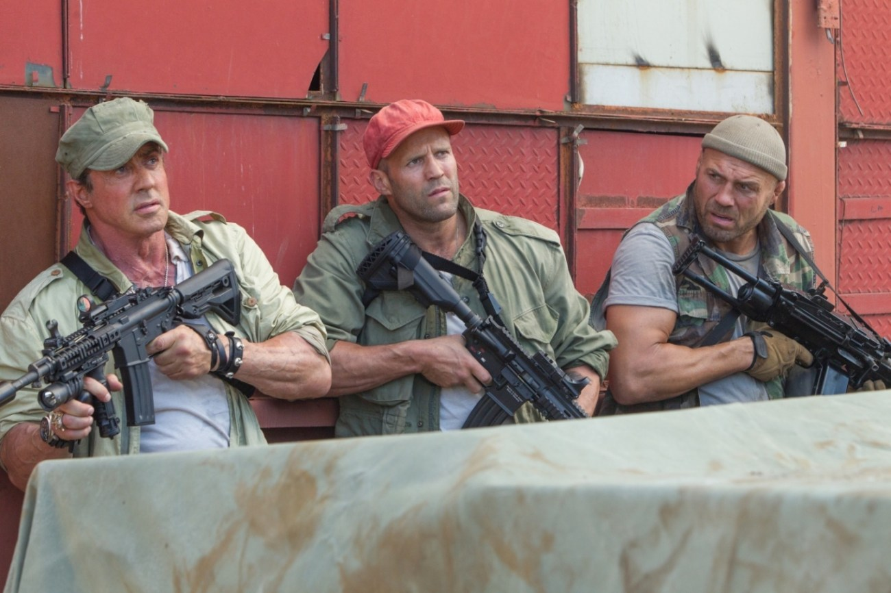 Barney Ross (Sylvester Stallone), Lee Christmas (Jason Staham) y Toll Road (Randy Couture) en The Expendables 3 (2014). Imagen: fansshare.com