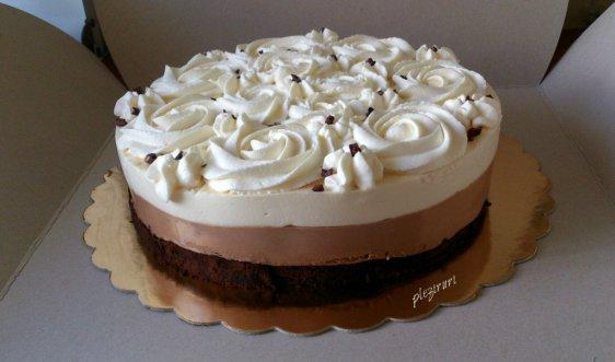 Tort de 3 X ciocolata