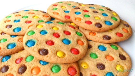 Biscuiti M&M® (M&Ms® cookies)
