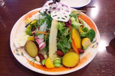 15種類の野菜サラダ