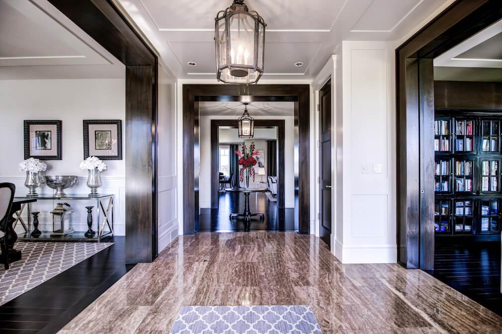 Grand-foyer-20-October-Gold-Gate-Elbow-Valley-For-Sale-Realtor-Plintz-Luxury-Real-Estate-Calgary-Sothebys