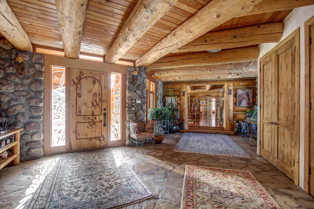 Rustic-foyer-mansion-352248-Pine-Ridge-Road-Bragg-Creek-Ranch-Acreage-For-Sale-Calgary-Real-Estate-For-Sale-taylor-sothebys-Realtor-Plintz