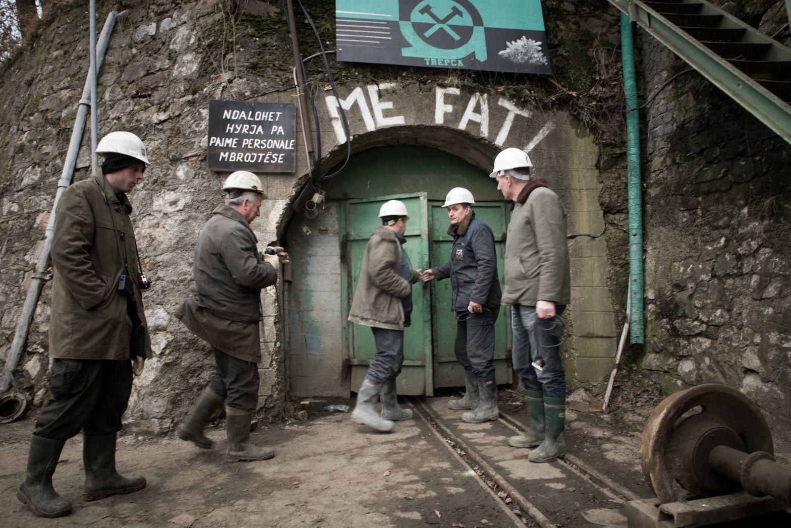 Hyrja e minierës së Trepçës në Stantërg (nga Ruben Neugebauer, 2015