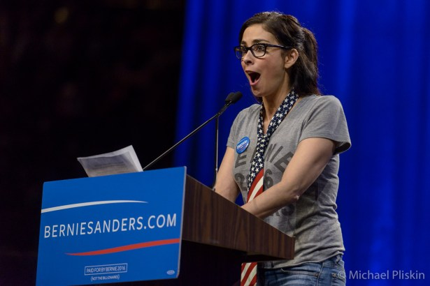 """Sarah Silverman introduced Bernie Sanders at the rally. She said Rick Perry gave her the glasses so she would """"look smarter""""."""