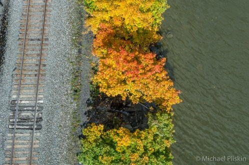Autumn on the banks of the Hudson River