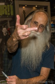Leland Sklar offers his famous salute.