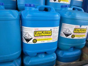 Chlore liquide pour piscines