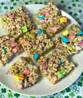Lucky charm cereal bar are a fun easy snack for kids with whole grain