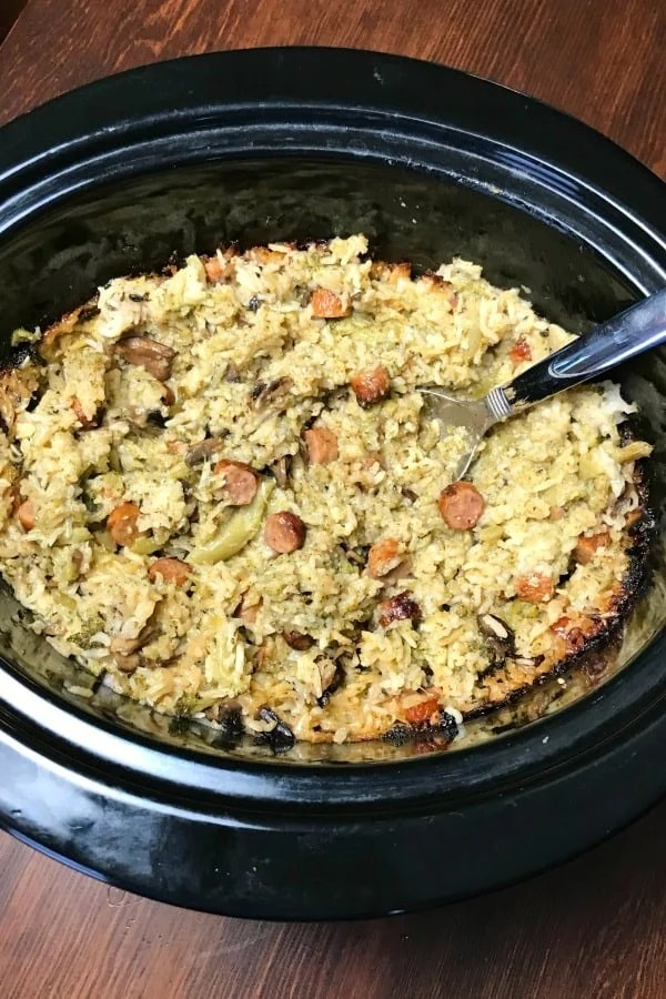 Do you need an easy recipe for sausage links?  This Sausage Link, Broccoli and Rice Crock Pot Casserole is a hearty r casserole that is great for a potluck side dish or a quick meal at home.