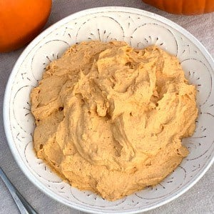 bowl of 4 ingredient pumpkin fluff