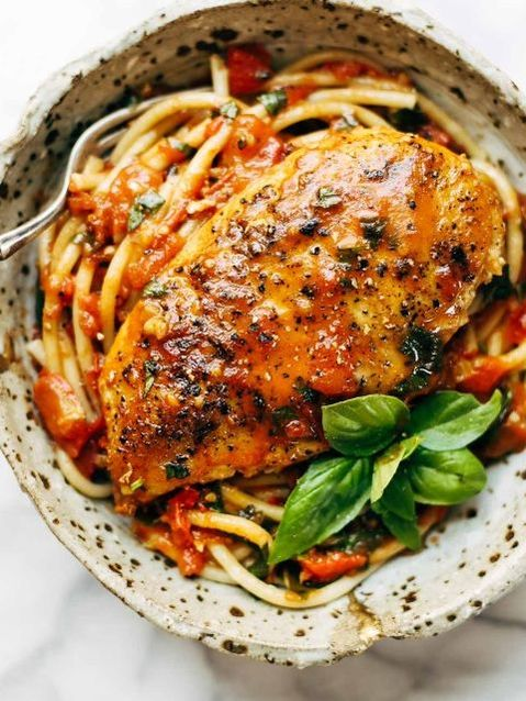 8 Ounces Of Chicken : ounces, chicken, Garlic, Basil, Chicken, Tomato, Butter, Sauce