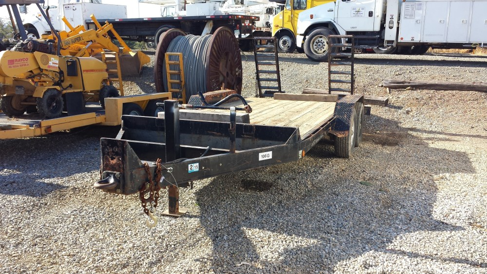 medium resolution of 6 prong trailer plug electric brakes both axles safety breakaway system 83 deck width 102 overall width 16 deck length treated pine deck