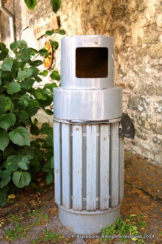 Robot Bin, Tallinn