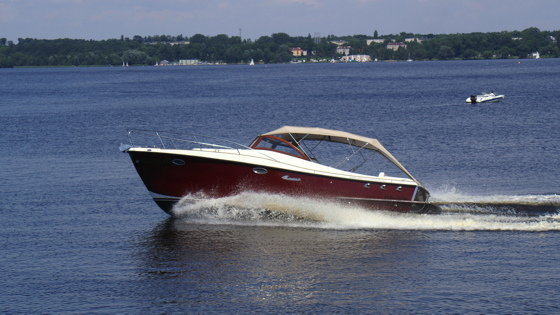 Electric boat from Starboats