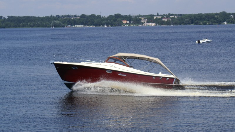 Electric boats by Starboats