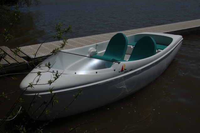 Two seater electric boat