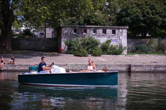 Ruban Bleu electric boat of France