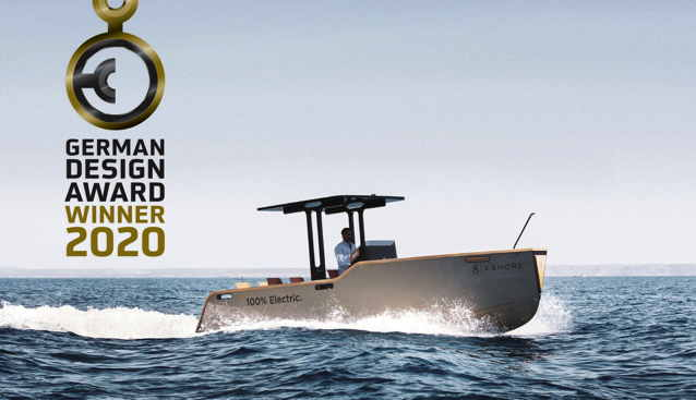 Electric boat with logo of German Design Awards in the corner of photo