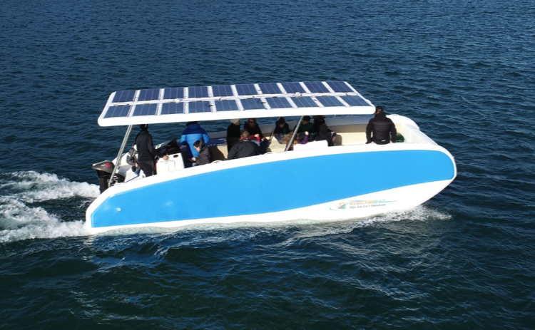 Hovercraft-inflatable-eletrci-solar-boat