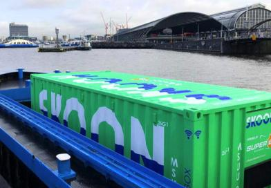 New Amsterdam floating battery terminal for electric boats