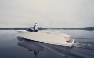 Q Yachts Q30 electric boat