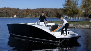 ELUX Stealth pontoon boat