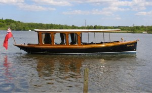Gussies - covered saloon electric boat