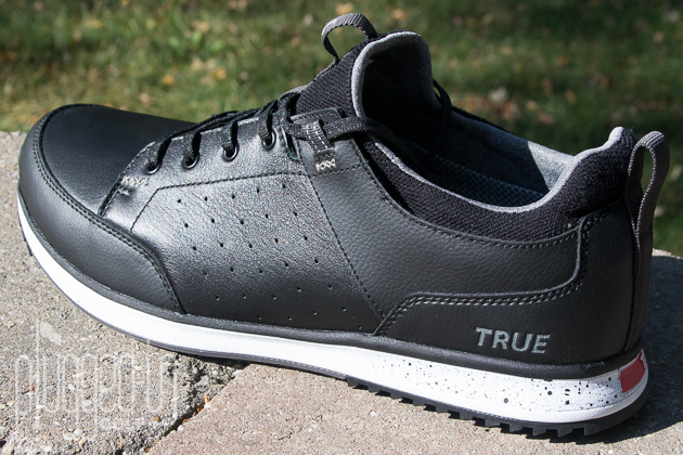 TRUE Linkswear Outsider Golf Shoe Review - Plugged In Golf ea72b8cc719