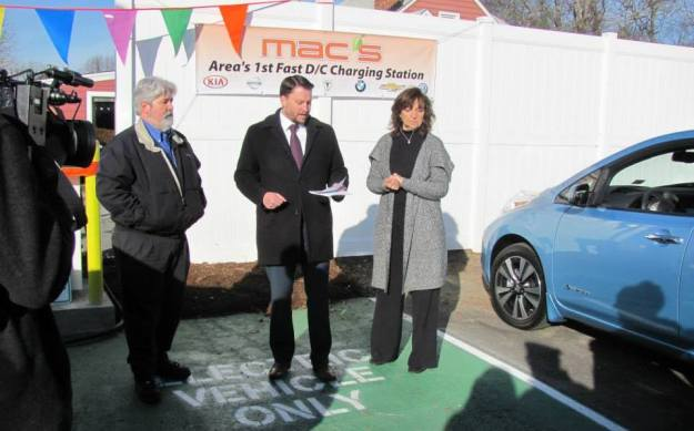 Mac's Service Center and Virginia Clean Cities open DC Fast Charger in Ashland, VA