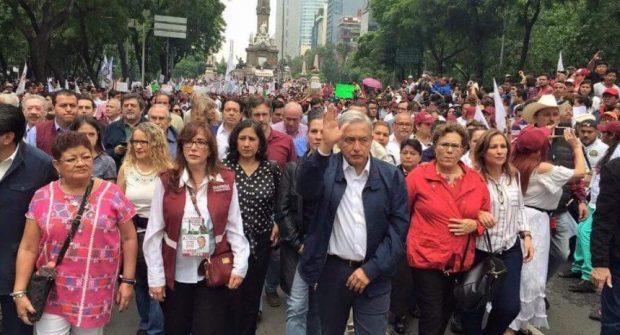 AMLO Marcha Morena