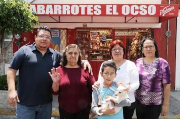 """""""El Ocso"""", símbolo de los abarrotes contra los Oxxos y demás tiendas de conveniencia."""