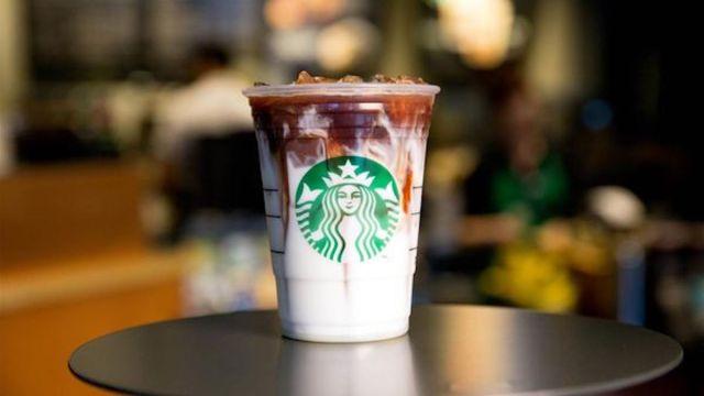 starbucks, frapuccino, heces fecales, Londres, bebida fría, café, café frío