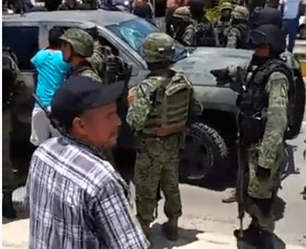 mireles llama a las autodefensas a tepalcatepec