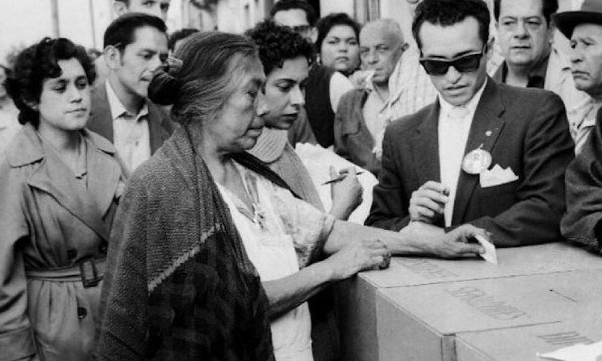 mujer votando, mujer voto, elecciones méxico, voto 1955, participación ciudadana