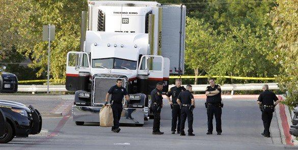 muertos encontrados en trailer en San Antonio