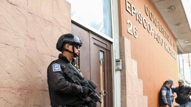 comando feminista se adjudica explosión en episcopado