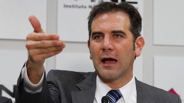 INE señaló que algunos partidos rebasaron topes de campaña