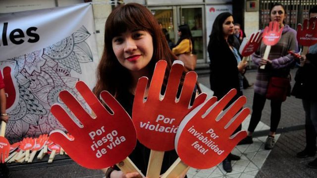 chile, aborto, despenalización, derecho, mujer chilena, 3 causales, bachelet, michelle