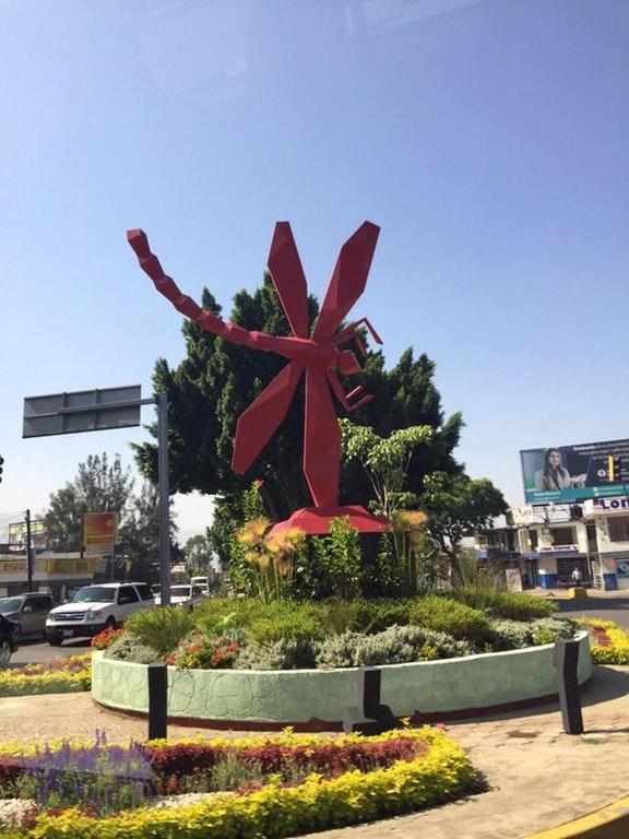 Triple monumento: al dengue, al zika y al chingunguya