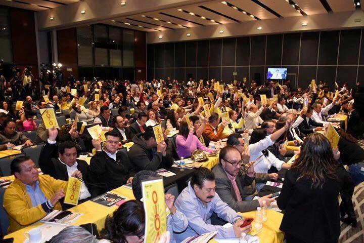 PRD votando por destruir su partido en 2018