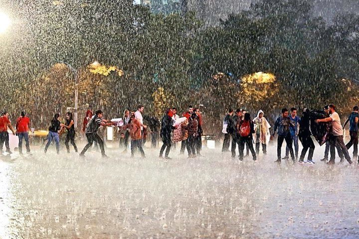 línea de voluntarios, foto de Reforma